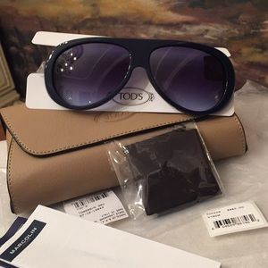 BNWT Tod's UNISEX Whipstitched Aviator Sunglasses